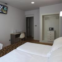 Casual Bilbao Gurea Guestroom