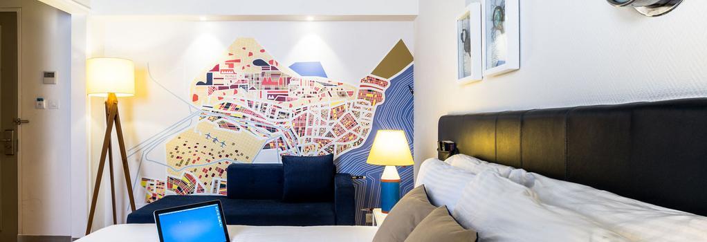 The Port Hotel - Visakhapatnam - Bedroom
