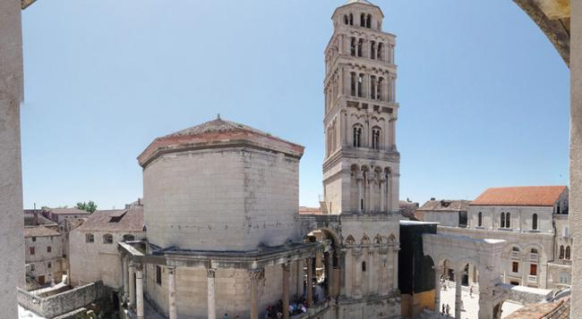 Diocletian's Rooms - Split - Outdoor view