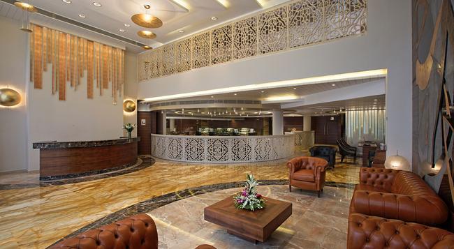 Bizz The Hotel - Rajkot - Lobby