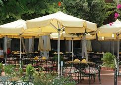 Pyramids Park Resort Cairo - ไคโร - ร้านอาหาร