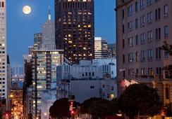 Stanford Court San Francisco - ซานฟรานซิสโก - วิวภายนอก