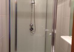 Hostel Mors - ตูย์เมน - ห้องน้ำ
