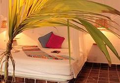 Hotel Baxar - อคาปุลโก - ห้องนอน