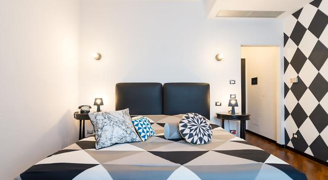 I Sleep B&B - Florence - Bedroom