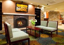 Holiday Inn Express & Suites Pittsburgh West - Green Tree - พิตต์สเบิร์ก - ล็อบบี้