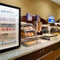 Holiday Inn Express & Suites Pittsburgh West - Green Tree Breakfast Area