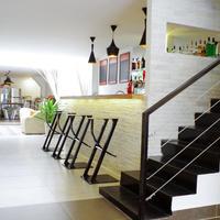 Sla Boutique Hostel Hotel Bar