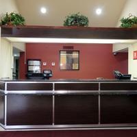 Red Roof Inn Pensacola Fairgrounds Lobby