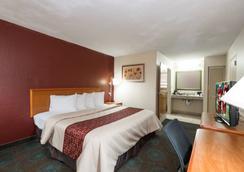 Red Roof Inn Augusta - Washington Road - ออกัสตา - ห้องนอน